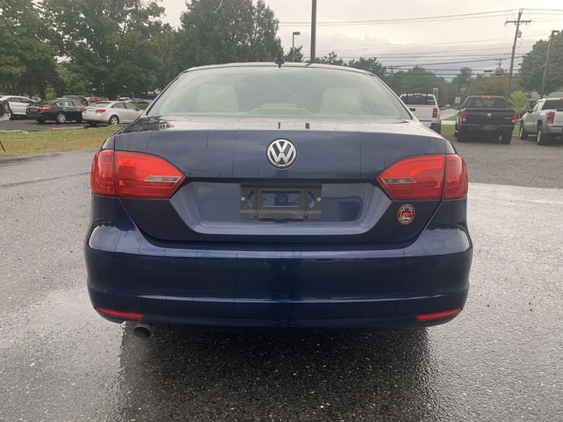 Volkswagen Jetta 2014 price $6,895