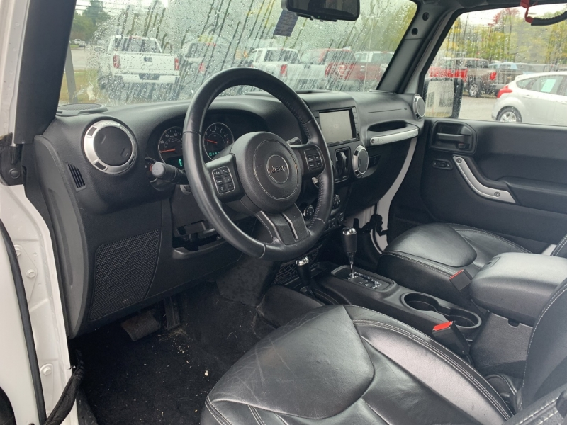 Jeep Wrangler 2015 price $30,485