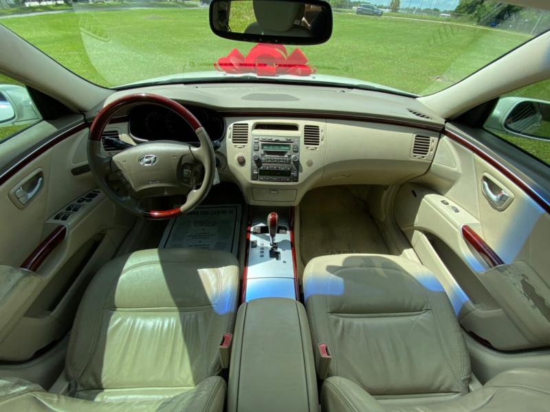 Hyundai AZERA 2006 price $3,500