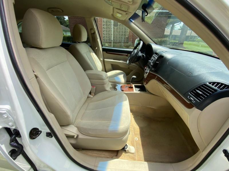 Hyundai Santa Fe 2007 price $4,700
