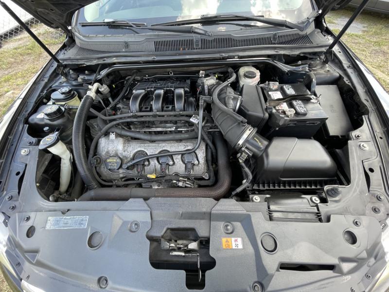 Ford Taurus 2010 price $6,000