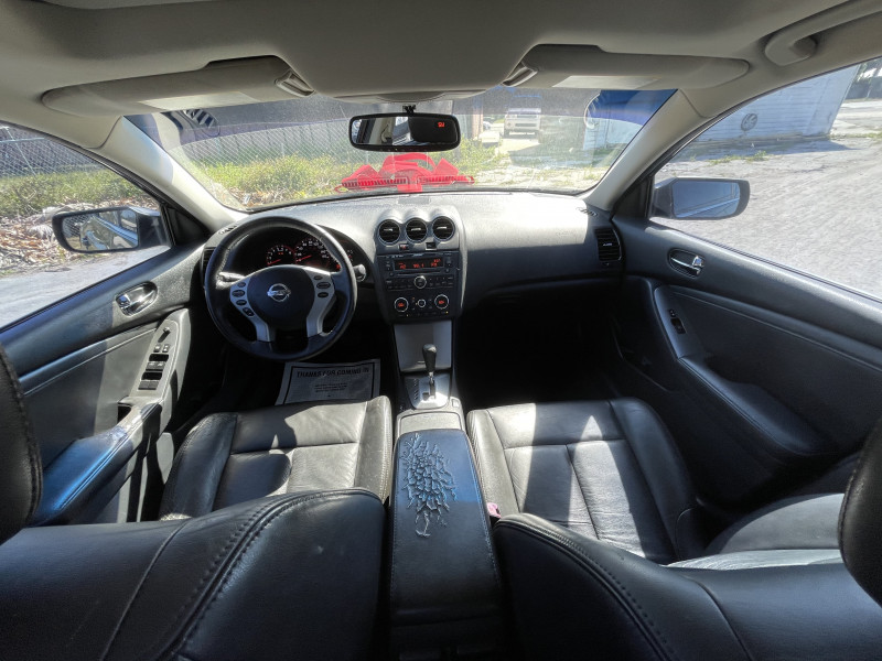 Nissan Altima 2009 price $6,000