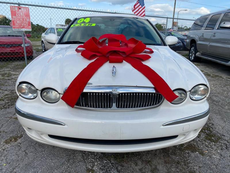 Jaguar X-TYPE 2004 price $3,900