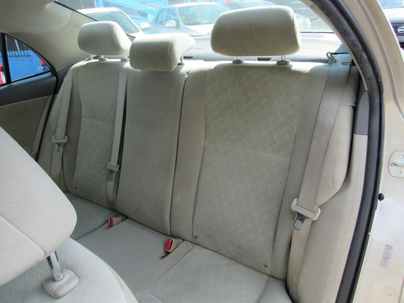 Toyota Corolla 2009 price $7,700