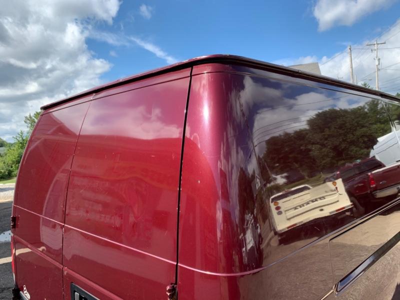 Ford Econoline Cargo Van 2006 price $5,995