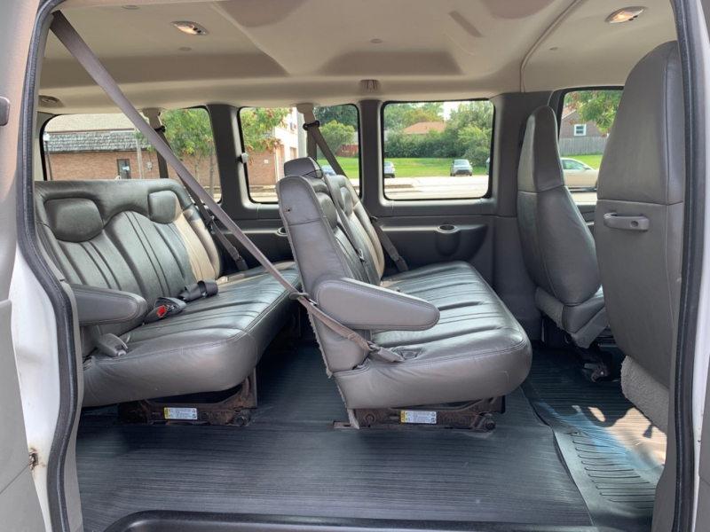 Chevrolet Express Passenger 2005 price SOLD