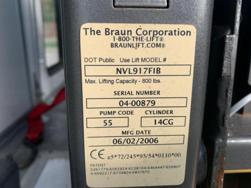 Ford Econoline Wagon 2006 price $9,995