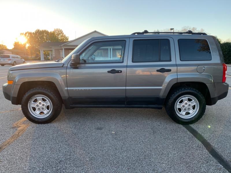 Jeep Patriot 2011 price $4,495