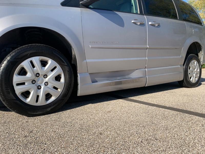 Dodge Grand Caravan 2014 price $9,795