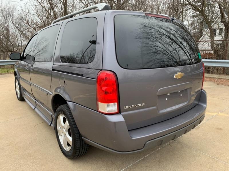 Chevrolet Uplander 2007 price $7,995