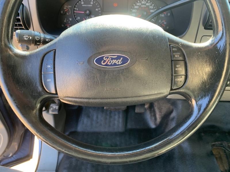 Ford Super Duty F-350 DRW 2005 price $11,495