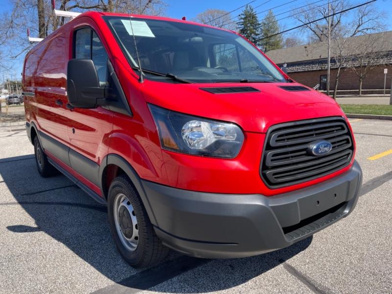 Ford Transit 2017 price $17,995