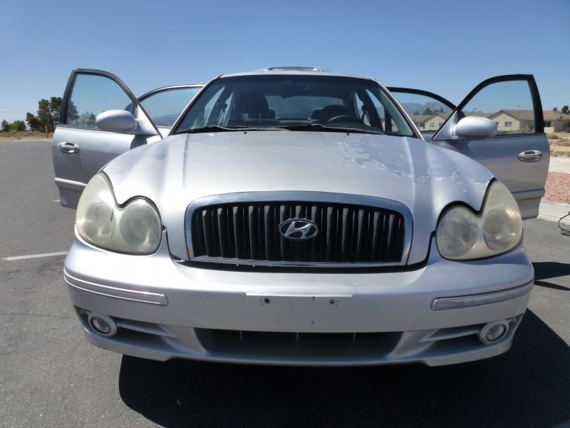 Hyundai Sonata 2004 price $2,999