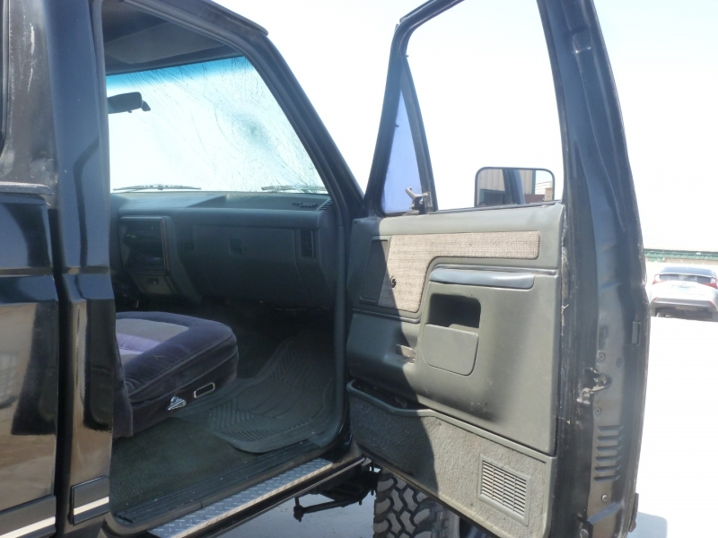 Ford F-350 1990 price $7,999