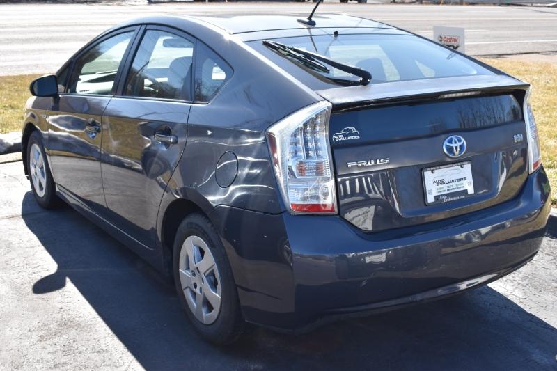 Toyota Prius 2010 price $5,050
