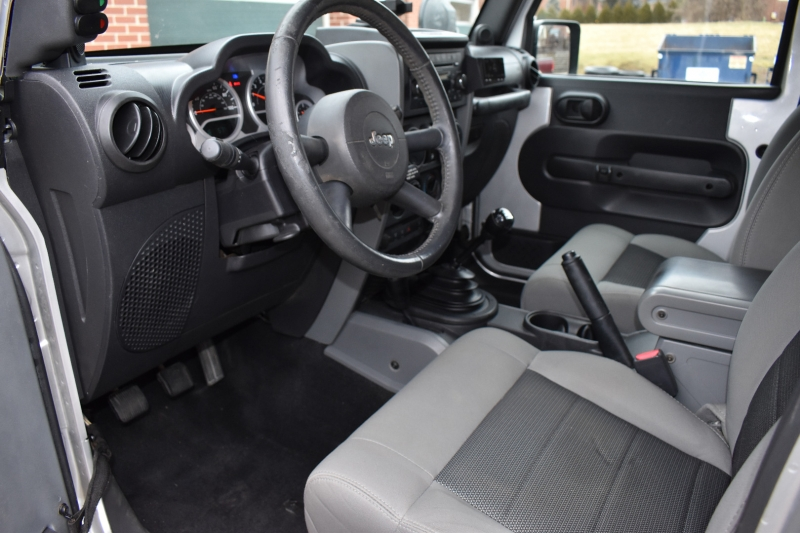 Jeep Wrangler Unlimited 2010 price $20,900