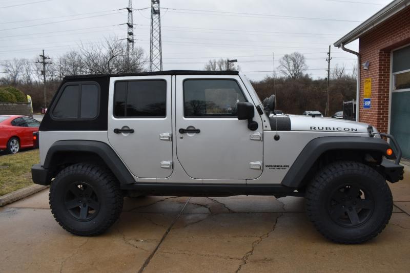Jeep Wrangler Unlimited 2010 price $20,400