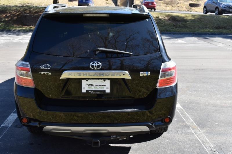 Toyota Highlander Hybrid 2008 price $8,200