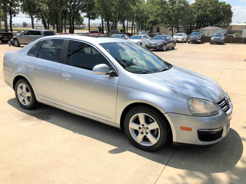 Volkswagen Jetta Sedan 2008 price $5,500