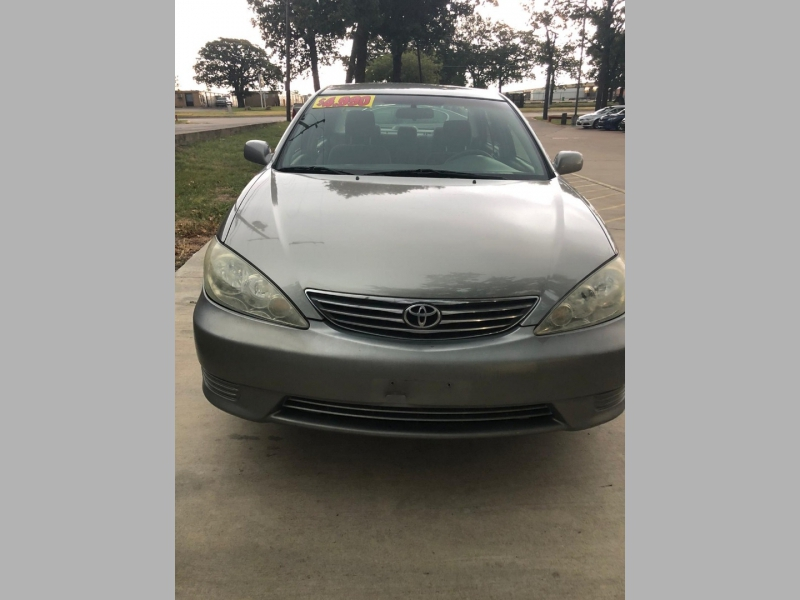 Toyota Camry 2005 price $4,990