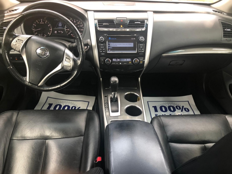 Nissan Altima 2013 price $9,990