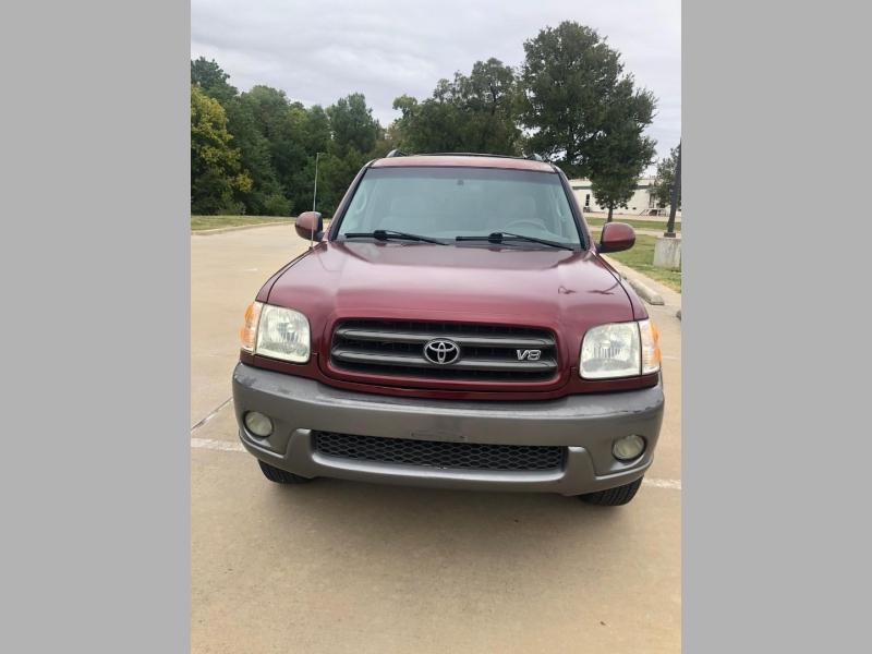 Toyota Sequoia 2004 price $4,990