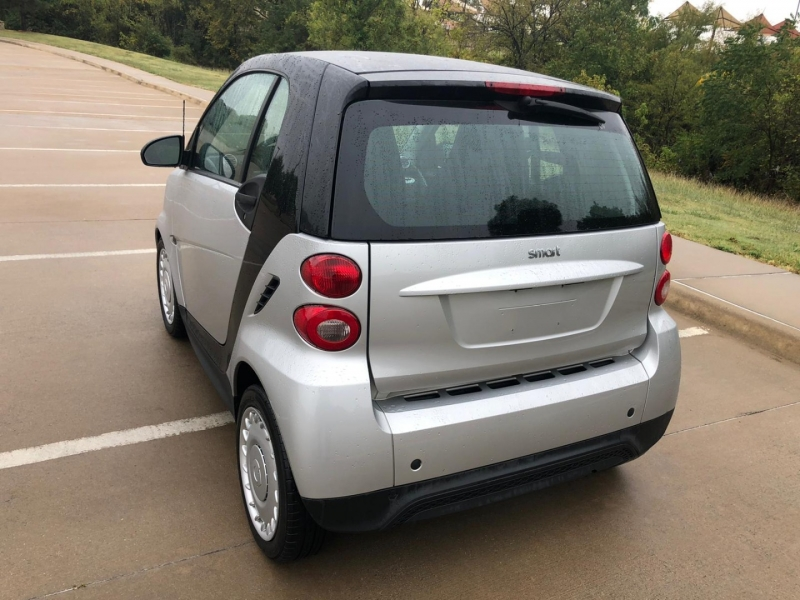 Smart fortwo 2015 price $5,990