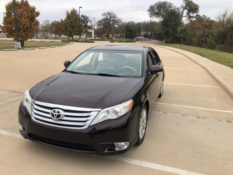 Toyota Avalon 2011 price $10,990