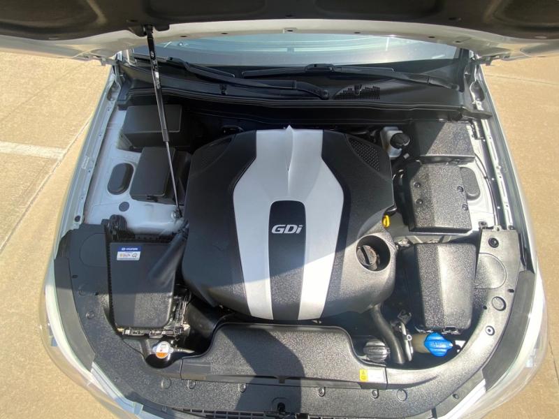 Hyundai Genesis 2012 price $9,990