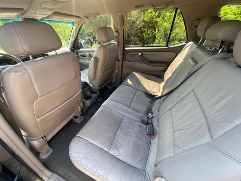 Toyota Sequoia 2003 price $6,990