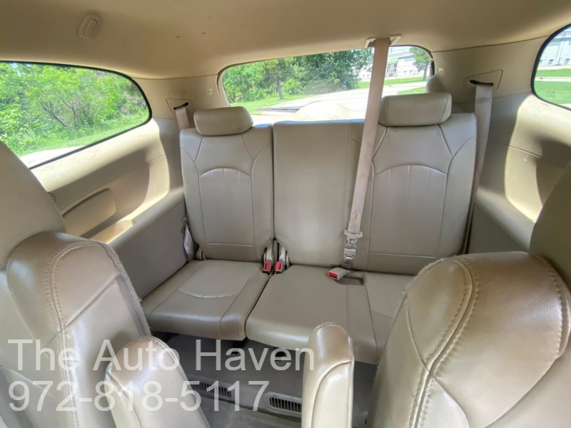 Buick Enclave 2012 price $8,990