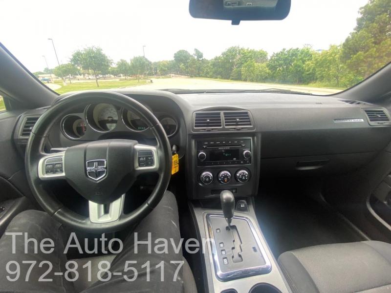 Dodge Challenger 2014 price $17,990