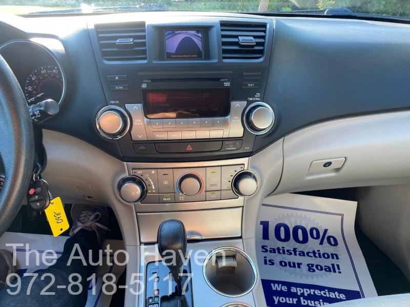 Toyota Highlander 2012 price $16,990