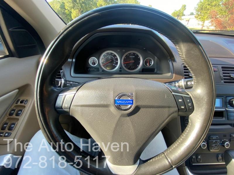 Volvo XC90 2013 price $13,990