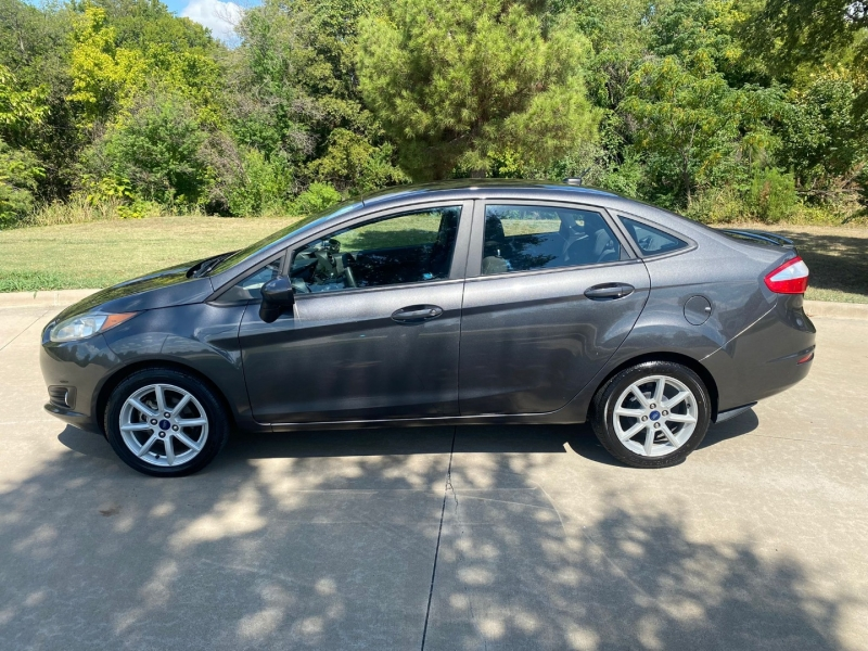 Ford Fiesta 2018 price $9,990