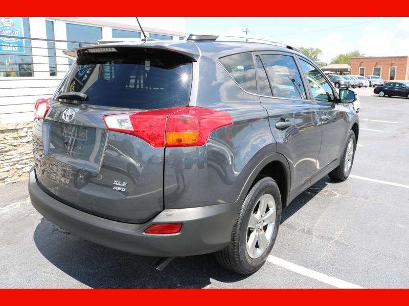 Toyota RAV4 2015 price $17,990