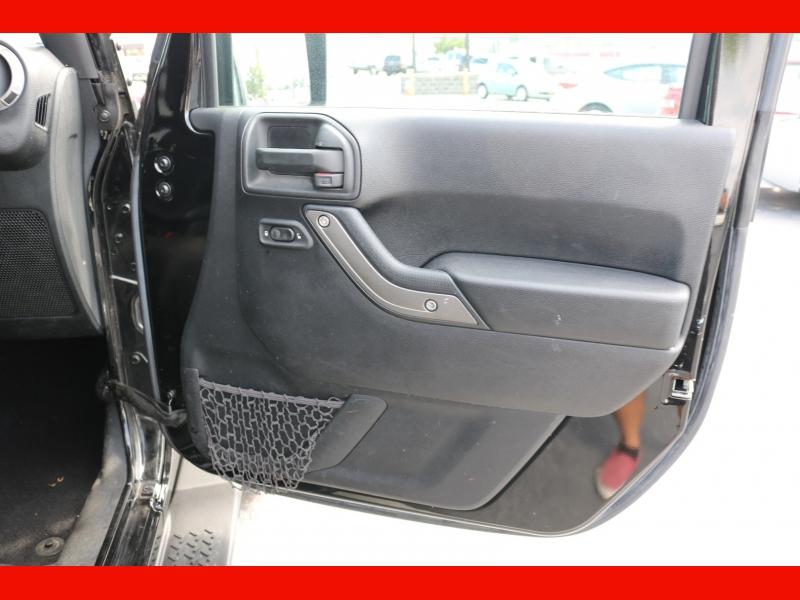 Jeep Wrangler Unlimited 2016 price $24,990