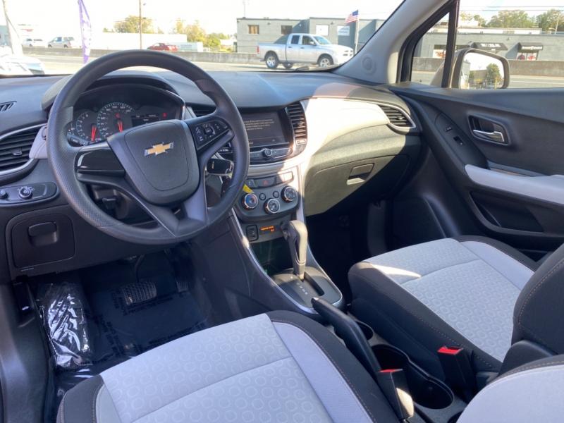 Chevrolet Trax 2018 price $15,990