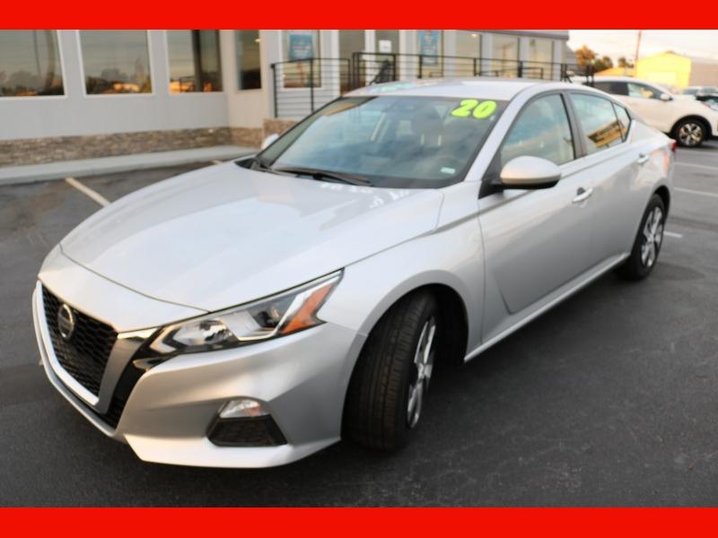 Nissan Altima 2020 price $18,990