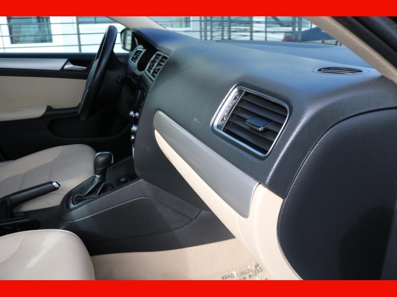 Volkswagen Jetta Sedan 2014 price $8,990