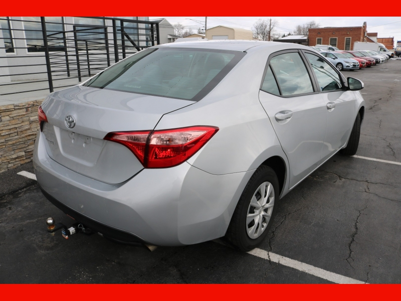 Toyota Corolla 2018 price $15,990