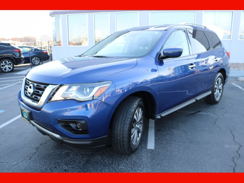 Nissan Pathfinder 2018 price $18,990