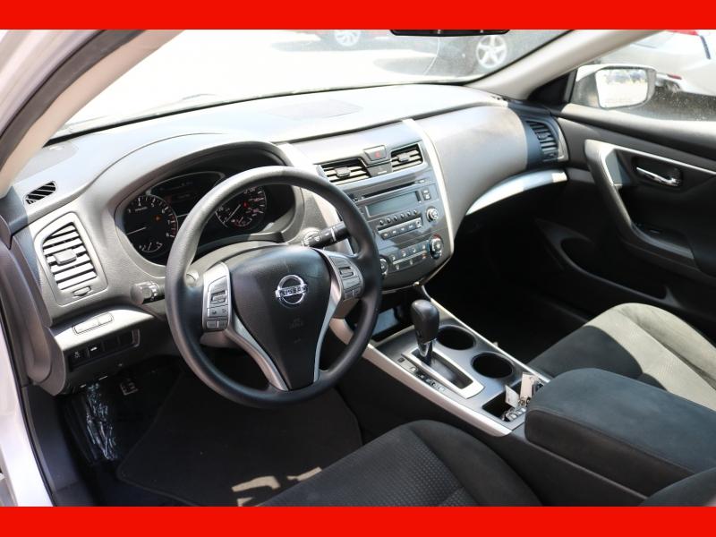 Nissan Altima 2015 price $12,990