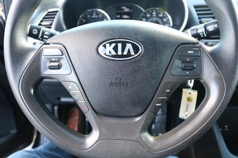 Kia Forte 2017 price $9,990