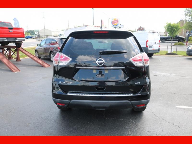 Nissan Rogue 2015 price $16,990