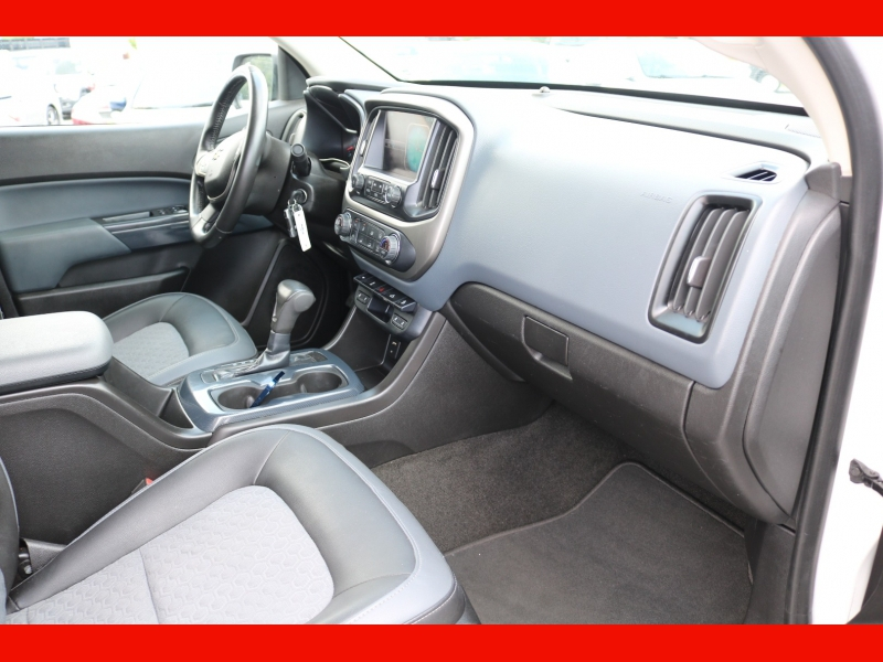 Chevrolet Colorado 2015 price $32,990