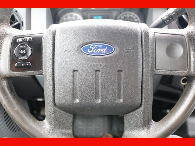 Ford Super Duty F-350 SRW 2011 price $17,990