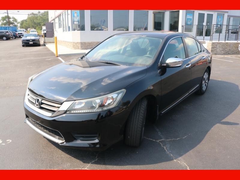 Honda Accord Sedan 2013 price $14,990