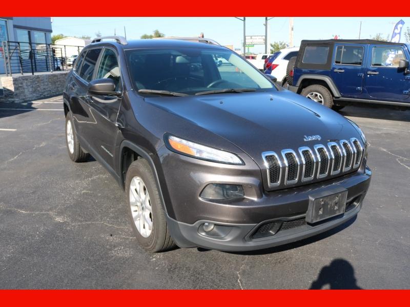 Jeep Cherokee 2018 price $22,990