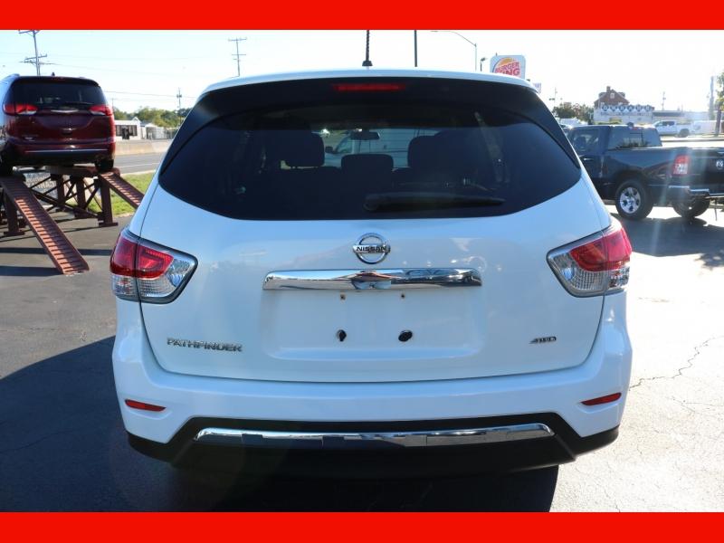 Nissan Pathfinder 2013 price $13,990
